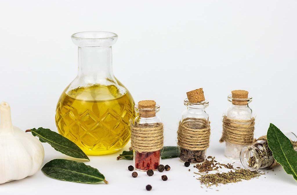 Natural Essential Oils for Dental Health